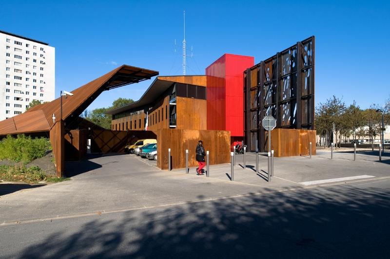 Commissariat De Clichy Sous Bois - commissariat Détails d'Architecture