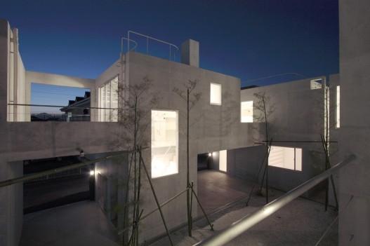 au japon une curiosit sign e ikimono architects. Black Bedroom Furniture Sets. Home Design Ideas