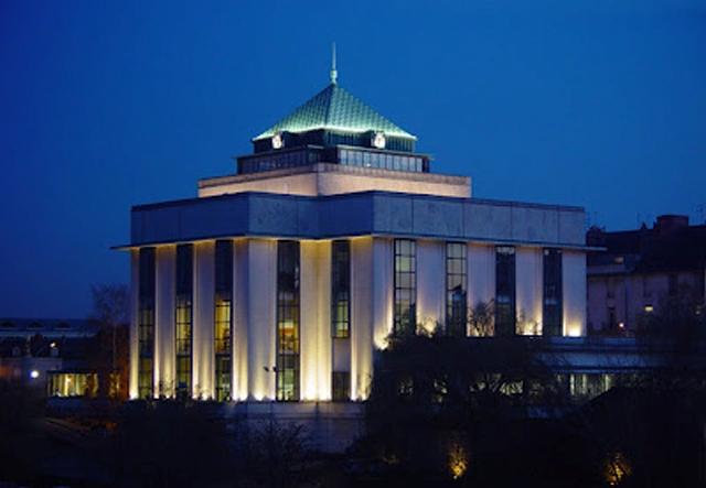01-Bibliothèque Tours nuit