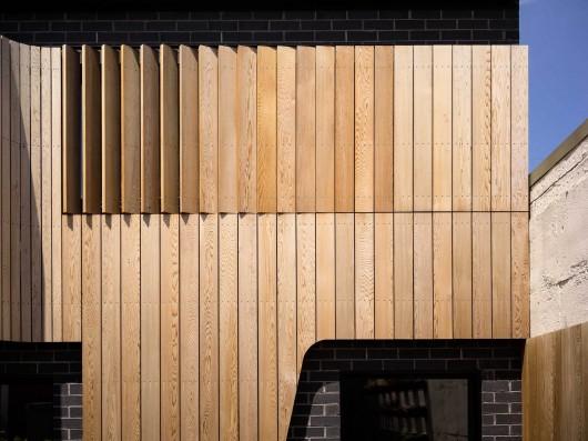 en brique et bois l histoire d une l gante extension d tails d 39 architecture. Black Bedroom Furniture Sets. Home Design Ideas