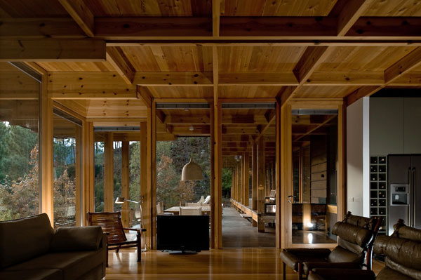 Au fond de la for t une maison d tails d 39 architecture for Maison archi foret