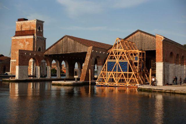 Biennale d architecture de venise d tails d 39 architecture for Biennale venezia 2016